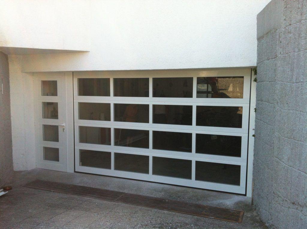 panorama con porta laterale
